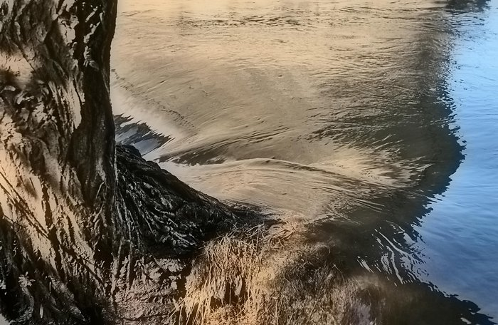 Running waterRunning water